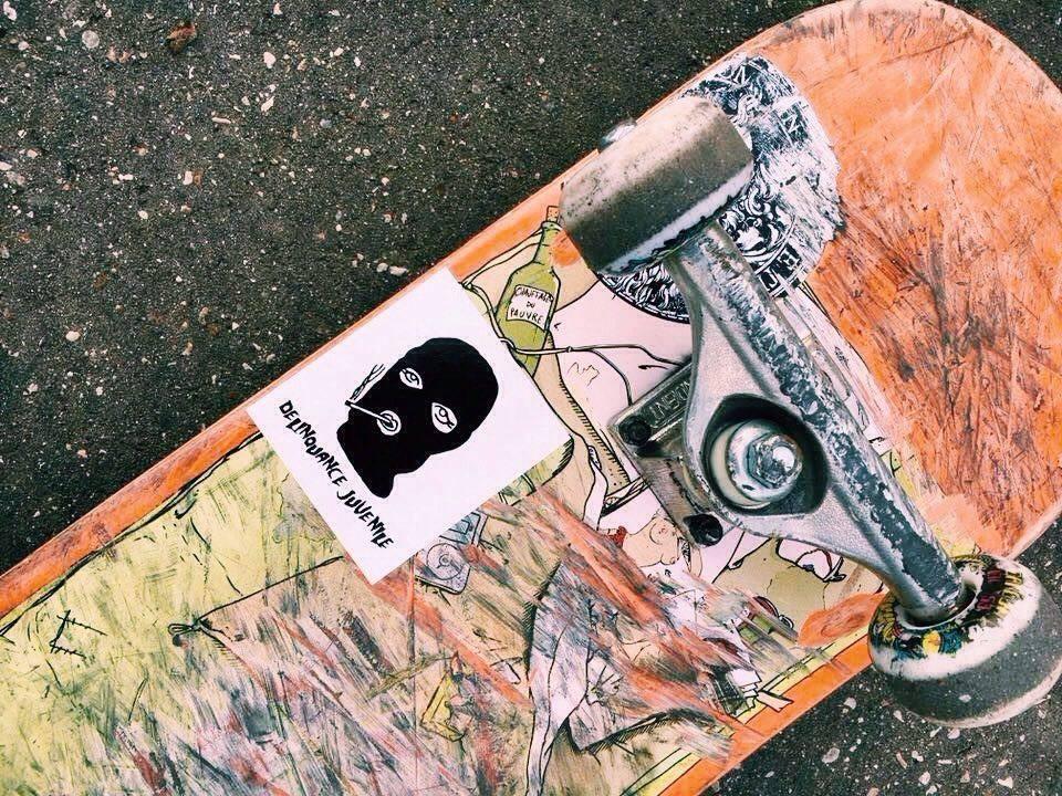 Stickers sur un skate