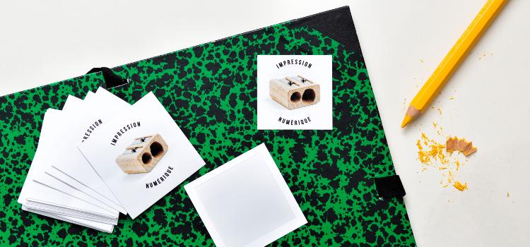 Stickers numériques carrés découpés à l'unité